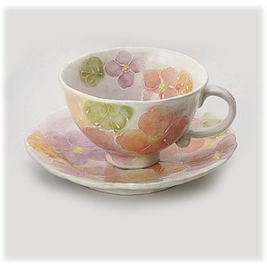 〔瀬戸焼 コーヒー碗皿〕 一珍花紋 コーヒー碗皿(紅)|itibei