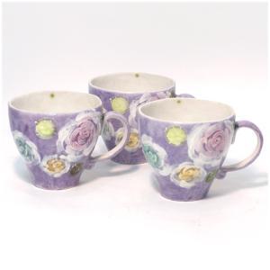 〔瀬戸焼 マグカップ〕 彩バラ化粧 マグ(紫) 3個組|itibei
