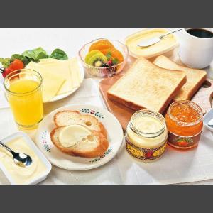 冬ギフト 贈り物 小岩井乳製品詰合 モーニングセットKIW-M|iwatekensan-netshop