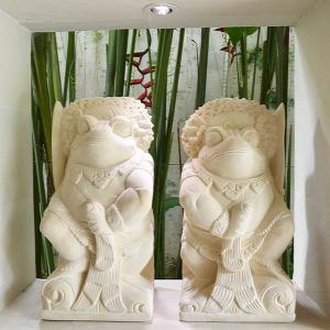 当店オリジナルデザイン 〜バリの戦士 お家の門番に〜  カエルの戦士をスペシャル装飾で制作してもらい...