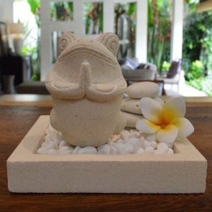 当店オリジナルスタイル 〜 リゾートホテル仕様のスペシャルセット〜  人気の石彫りカエルで幸せを呼び...