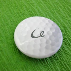 ゴルフボール型 缶バッジ 直径38mm |izumigolf