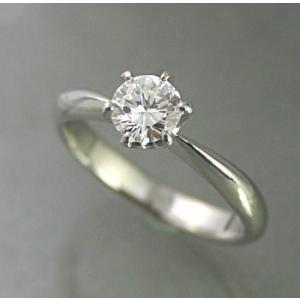 3.0ctupのエンゲージリング(婚約指輪)。結婚する二人の門出を祝い、【EXカット】の高品質ダイヤ...