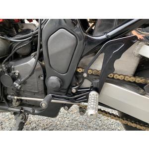 油冷GSF1200(GV75A/B)JagerLauftコントロールステップキット ブラック A2017ジュラルミン削り出し 高剛性 ポジション適正化 jagerlauft