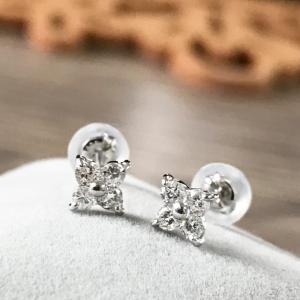 プラチナ Pt900 ダイヤモンドピアス 0.23ct お花の形のピアス  受注生産商品 大人 上品|japan-couture