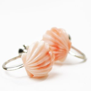 ピンクサンゴ イヤリング 桃色珊瑚 貝殻デザイン 姫サンゴ 姫さんご 姫珊瑚 プレゼント ケース付き 大人 上品|japan-couture