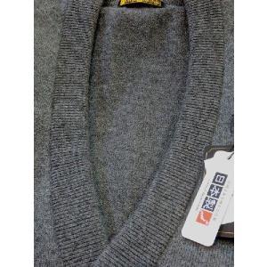 日本国内でカシミヤ原毛を精製、縮絨加工、12ゲージ天竺編みのメンズ紳士カシミヤ100%前開きオープンベストMサイズのチャコール国産|japan-made-fullhouse|02