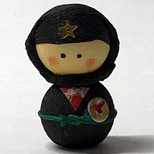 日本のおみやげ民芸玩具起き上がりこぼし人形 黒忍者|japan