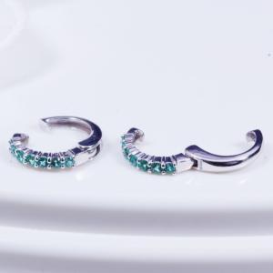 ピアスのようなイヤリング耳元を飾る素敵なカラーストーンのピアリング新登場 18金ホワイトゴールドエメラルドデザインピアリング 165375|japangold