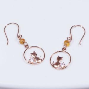 耳元を飾る素敵なデザインピアス 18金ピンクゴールド  キュービックデザインピアス ねこ 192926|japangold