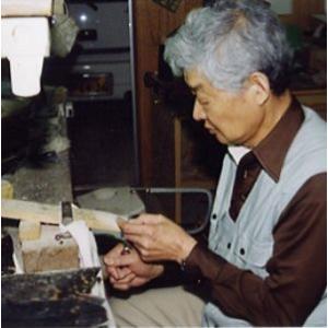 「日本の伝統工芸べっ甲細工 職人の匠の技がひかります」手作りべっ甲&琥珀ペンダントネックレス|japangold|06