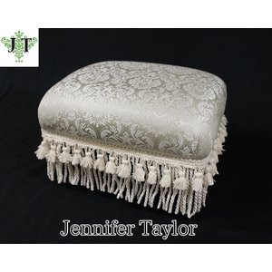 ジェニファーテイラー フットスツール椅子 イス 布 布張り 高級 おしゃれ かわいい グレー プリンセス 姫 Haruno  Jennifer Taylor 32808ST|jennifertaylor