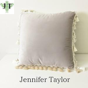 ジェニファーテイラー クッション タッセル 中材付き 高級 おしゃれ かわいい エステ ネイル  Velours-GB  Jennifer Taylor 32916CU|jennifertaylor