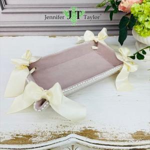 ジェニファーテイラー トレイ トレー 小物入れ リボン 布 布張り 収納 高級 おしゃれ かわいい エステ ネイル Velours-NPK  Jennifer Taylor 33062TY|jennifertaylor