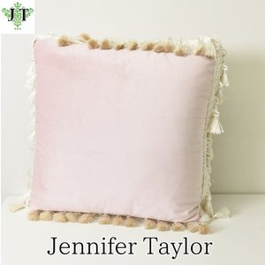 ジェニファーテイラー クッション タッセル 中材付き 高級 おしゃれ かわいい エステ ネイル Velours-NPK  Jennifer Taylor 33063CU jennifertaylor