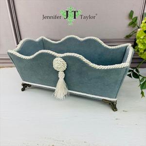 ジェニファーテイラー 脚付 小物入れ リモコン ペーパータオル 布 布張り 収納 高級 おしゃれ かわいい エステ ネイル  Velours-NLB  Jennifer Taylor 33073BX jennifertaylor