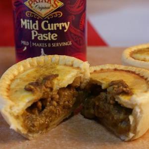 ひき肉&カレー Curry &Mince 手づくり ミートパイ|jerryspies