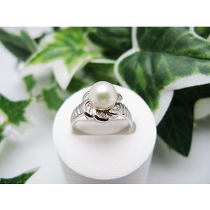 ホワイトゴールドパールリング(K18)|jewelelegance