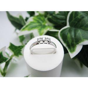 ホワイトゴールドダイヤモンドリング(K18)|jewelelegance