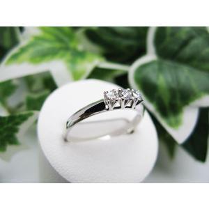 ホワイトゴールドダイヤモンドリング(K18) jewelelegance 03