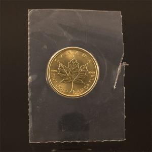 カナダ メイプルリーフ 金貨 1/2oz ビニールパウチ|jewelelegance