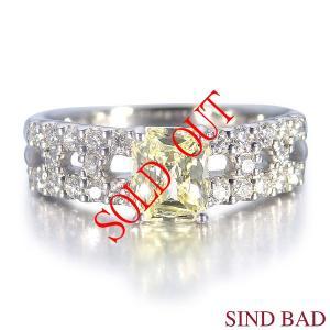 イエローダイヤ 指輪 プラチナ リング イエローダイヤモンド 0.630ct ファンシー ライト イエロー 中央宝石研究所鑑定書付き|jewelry-sindbad
