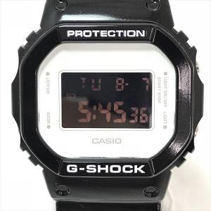 G-SHOCK(ジーショック) カシオ30周年記念 MEDICOM TOYコラボ ベアブリック DW-5600MT-1JR デジタル 合成樹脂 クォーツ メンズ 黒 【中古】 腕時計 netshop|jewelry-total