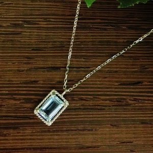 アンボニー K10WG スカイブルートパーズ ネックレス jewelry-watch-bene