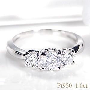 ☆3石の大粒ダイヤモンドで描く、美しいグラデーション。プラチナ950のアームに合計1カラットをセット...