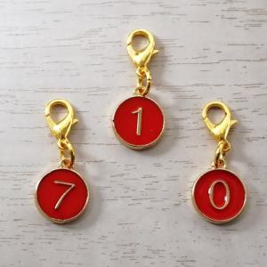 数字 赤丸 ゴールド ナンバー チャーム ハンドメイド アクセサリー バックチャーム ファスナー|jimba