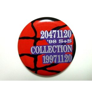 <title>新品 20471120 トゥーオーフォーセブンワンワントゥーオー 結婚祝い 1998SS コレクション 限定 スパイダー 缶バッチ</title>