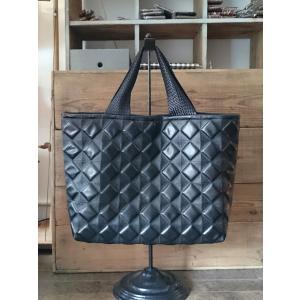 【完成品】ダイヤ柄エナメル合皮の布バッグ|joan08