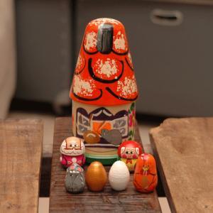 マトリョーシカ お話の家 金の卵を産むニワトリ|johnnyjumpup