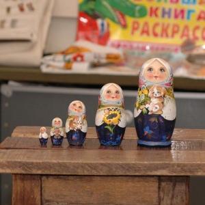 マトリョーシカ コブロフ工房 スベトラーナ・ニコラエワ|johnnyjumpup