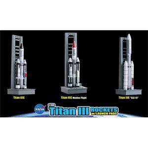スペースドラゴンウイングス (再生産)1/ 400 タイタンIII ロケットファミリー 3基セット ...