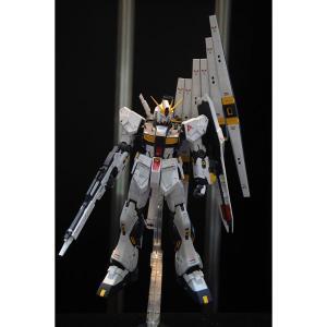 バンダイ (再生産)1/ 100 MG ν(ニュー)ガンダム Ver.Ka(機動戦士ガンダム 逆襲のシャア)ガンプラ 返品種別B|joshin
