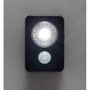 在庫状況:入荷次第出荷/お届け:1〜2ヶ月/※単3形アルカリ乾電池×3本は別売です。◆人感センサー付...