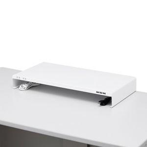 サンワサプライ 電源タップ+USBポート付き机上ラック(幅600×奥行300mm・ホワイト) MR-LC203W 返品種別A