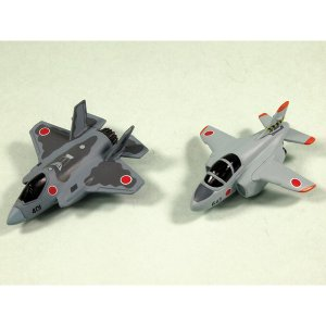 ピットロード マグネットプレーン 航空自衛隊セット(3)F-35J(飛行開発実験団)&T-4 中等練習機(第32教育飛行隊)(MDP03)塗装済完成品 返品種別B|joshin