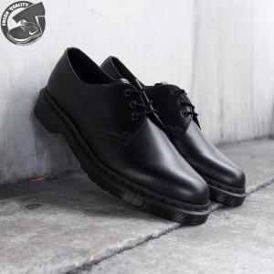 ■商品説明 ・時代を超え、ブーツ界で活躍し続ける人気ブランド【DR.MARTENS(ドクターマーチン...