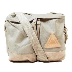 ■商品説明 ・「3H SHOULDER BAG」は3時間程度の旅に必要な荷物を運ぶのに適した容量と機...