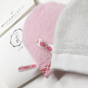 九州 ギフト 2019 森博多織  博多つや肌うるおいミトン 洗顔用  シルク  絹100%  常温|jrk-shoji