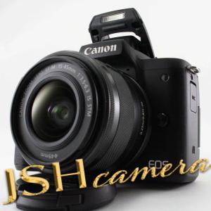 【中古】キヤノン EOS Kiss M 【EF-M15-45 IS STM レンズキット】 (ブラック/ミラーレス一眼カメラ) EOSKISSMBK1545ISLK jsh