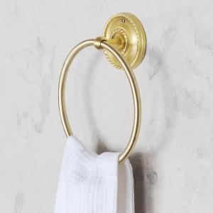 シンプルなデザインで 高級感のある真鍮製タオルリング。  真鍮の持つ独特の雰囲気が、 サニタリールー...