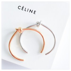 セリーヌ  CELINE ノット エキストラ シン ブレスレット ゴールド Mサイズ 46D466BRA35OR|jurer-store