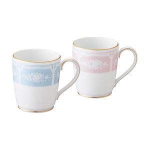 どなたにも喜ばれるマグカップをペアセットにしました。 結婚のお祝いや引出物、各種プレゼントに喜ばれま...