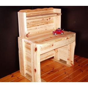 檜・ヒノキのパソコンデスク・学習デスク・勉強机です。檜(ヒノキ)、杉等の天然木、無垢材を使って雑貨か...