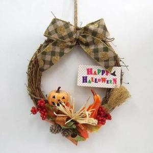 限定ハロウィン造花リースS ミニホウキ付きハロウィン・秋リース・かぼちゃの画像