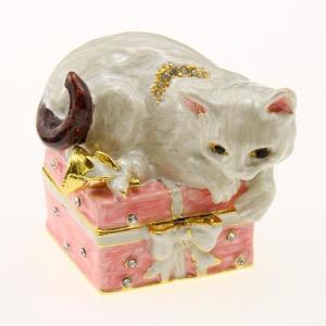 ジュエリーケース 箱の上のねこ [その他]猫 ネコ CAT キャット・オーナメント・オブジェ・テーブル飾り|kaderia