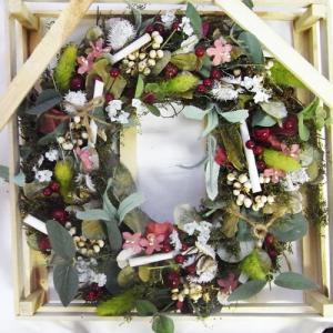 春ナチュラルリース M グリーングリーンホワイトニードルナッツ[その他]スプリング・イースターインテリア・壁掛け|kaderia